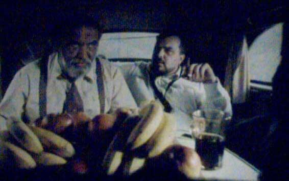 Fotogramma film di Kusturica: La vita è un miracolo